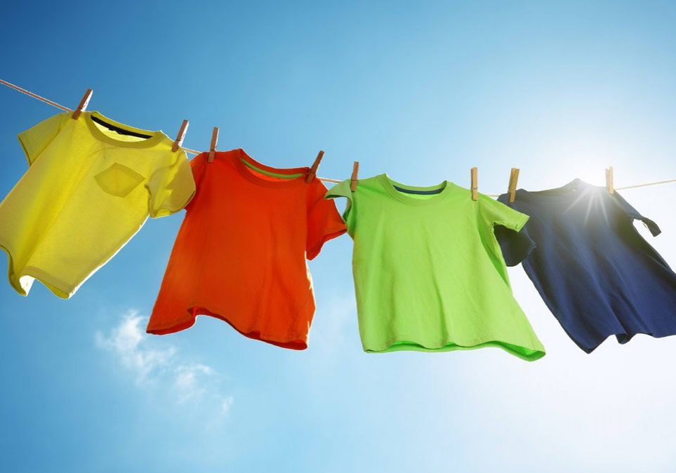 CR-HomeAndGarden-InlineHero-Line-Drying-Clothes-05-18